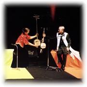 沖縄発 三弦三昧のステージの様子