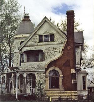 #21 Haunted Houses