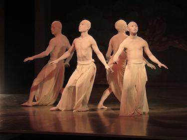 黒藤院 舞踏公演 「白昼夢 〜夢か現か知らねども」 2枚目